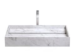 Lavabo da appoggio rettangolare in marmo di CarraraINCLINIO | Lavabo in marmo di Carrara - FILODESIGN DI MICHELA GERLO & C.