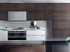 - Lacquered wooden fitted kitchen without handles TOUCH | Kitchen - Oikos Cucine