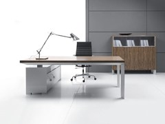 - L-shaped sectional office desk IN | L-shaped office desk - BALMA
