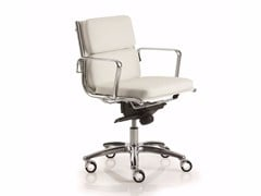 - Low back executive chair with 5-spoke base with armrests LIGHT | Low back executive chair - Luxy