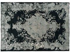 - Patterned handmade rectangular rug MARIE ANTOINETTE EMERALD - Golran