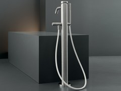- High water flow free-standing mixer for bathtub MIL 99 - Ceadesign S.r.l. s.u.