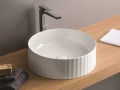 Lavabo da appoggio rotondo in ceramicaMILLERIGHE - ARTCERAM