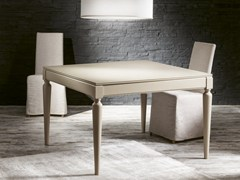 - Extending square wood veneer table PLURIMO | Lacquered table - Pacini & Cappellini