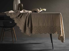 - Linen tablecloth PRIMULA | Tablecloth - LA FABBRICA DEL LINO by Bergianti & Pagliani