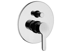 - Single handle shower mixer with plate CORNER | Shower mixer with plate - Giulini G. Rubinetteria