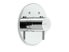 - Single handle shower mixer with plate XT | Shower mixer - NEWFORM