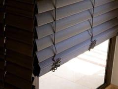 22 Venetian blinds