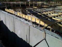 Fertigbauelement aus Stahlbeton Prefabricated reinforced concrete panel - GIALLONGO PIETRO PREFABBRICATI