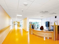 - Sound absorbing ceiling tiles for healthcare facilities Ecophon Hygiene Meditec™ E C1 - Saint-Gobain ECOPHON