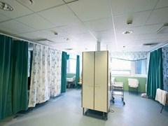 - Sound absorbing glass wool ceiling tiles for healthcare facilities Ecophon Hygiene Clinic™ A C1 - Saint-Gobain ECOPHON