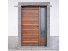 Porta d'ingresso in legno per esterno con pannelli in vetroPorta d'ingresso con pannelli in vetro - CARMINATI SERRAMENTI