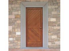 Porta d'ingresso in abete per esternoPorta d'ingresso in abete - CARMINATI SERRAMENTI