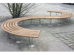 - Curved wooden Bench SINU 72° - Factory Street Furniture