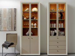 - Lacquered display cabinet XELO | Display cabinet - Hülsta-Werke Hüls