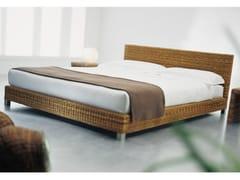- Double bed in handwoven dark pulut NET 80 | Double bed - Gervasoni