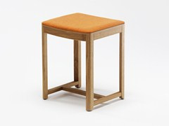 - Low upholstered stool SELERI | Upholstered stool - Zilio Aldo & C.