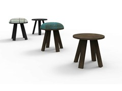 - Low upholstered stool BUZZIMILK | Stool - BuzziSpace