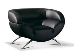 - Upholstered leather armchair with armrests AMAZING | Armchair - Formenti