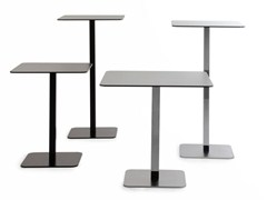 - Square steel table VOILÀ | Square table - AREA DECLIC