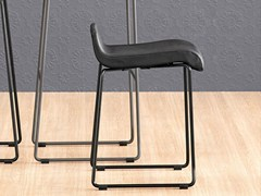 - Sled base stool NOA 45 - ONDARRETA