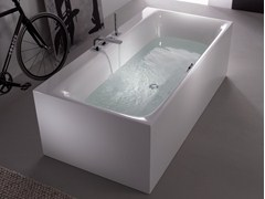 - Freestanding enamelled steel bathtub BETTELUX SILHOUETTE SIDE - Bette
