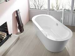 - Freestanding oval bathtub BETTESTARLET OVAL SILHOUETTE - Bette