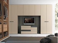 - Sectional bridge wardrobe with built-in TV Tecnopolis anta LISCIA - Presotto Industrie Mobili