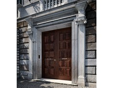 - Chestnut safety door SOVRANA | Entry door - GAROFOLI