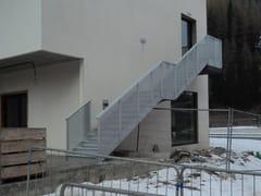 Scala antincendio in alluminio con struttura a sbalzoScala antincendio - ALUSCALAE