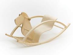 Cavallo a dondolo in betullaROCKING HORSE - TARMEKO LPD OÜ