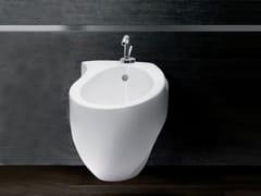 Bidet sospeso in ceramicaACCENT BIDET - A. E T. ITALIA