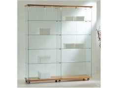 - Retail display case with integrated lighting with casters VE160180F | Retail display case - Castellani.it