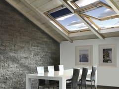 Finestra da tetto a bilico in legno lamellareSTYLE - CLAUS