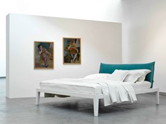 - Double bed with upholstered headboard MOHELI BASSO - Orizzonti Italia
