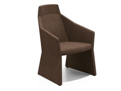 - Fabric easy chair with armrests PARKER I | Fabric easy chair - Casala