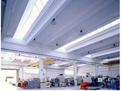 Dachkonstruktion aus Stahlbetonfertigteilen Copertura con luce zenitale  - ZANON - ZANON PREFABBRICATI