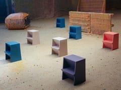 - Low polyethylene stool MONO - Richard Lampert
