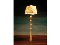 - Wooden floor lamp MULETAS Y CAJONES | Floor lamp - BD Barcelona Design