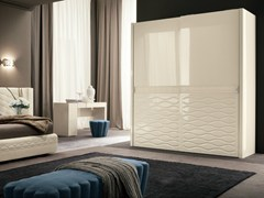 - Lacquered wardrobe with sliding doors CHANEL | Wardrobe with sliding doors - Dall'Agnese