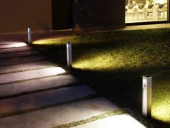 - Stainless steel bollard light QUANTUM Post - Goccia Illuminazione