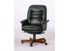 - Executive chair with 5-spoke base with casters 7868W | Executive chair - Dyrlund