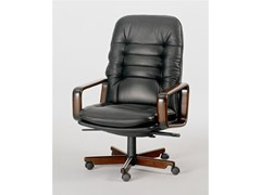 - Executive chair with 5-spoke base 8370W | Executive chair - Dyrlund