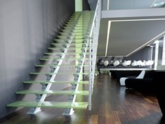 - Straight glass and aluminium Open staircase ESSENZA 2 | Aluminium Open staircase - FARAONE