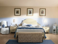 Camera da letto in legno in stile classicoROMANTIC   Composizione 12 - CALLESELLA ARREDAMENTI S.R.L.