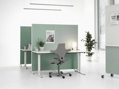- Modular workstation screen ALUMI - Abstracta