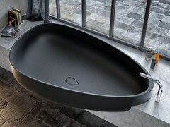 - Pietraluce® bathtub BEYOND | Bathtub - Glass 1989