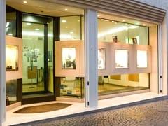Vetrine di sicurezza per negoziVetrine di sicurezza per negozi - QUARTIERI LUIGI