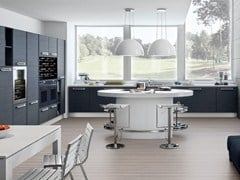 - Lacquered wooden fitted kitchen ADELE PROJECT | Kitchen - Cucine Lube