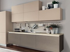 - Wooden fitted kitchen without handles ESSENZA | Kitchen without handles - Cucine Lube